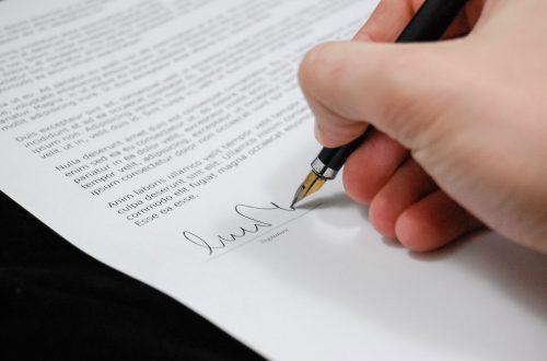 契約審査・契約書レビュー:取引基本契約書の基本を解説!個別契約との優先関係の決め方は?