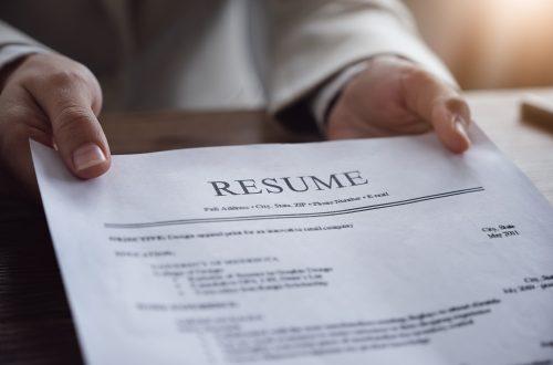 働き方改革に伴う法改正対応:外国人雇用の契約書と就業規則